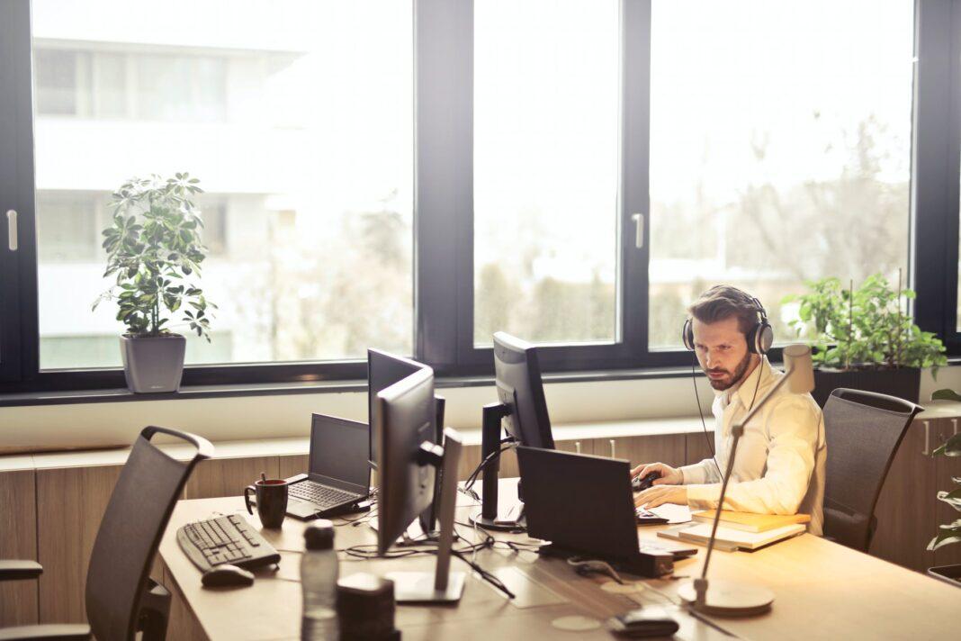 Track dine medarbejdere med online planlægningsværktøj