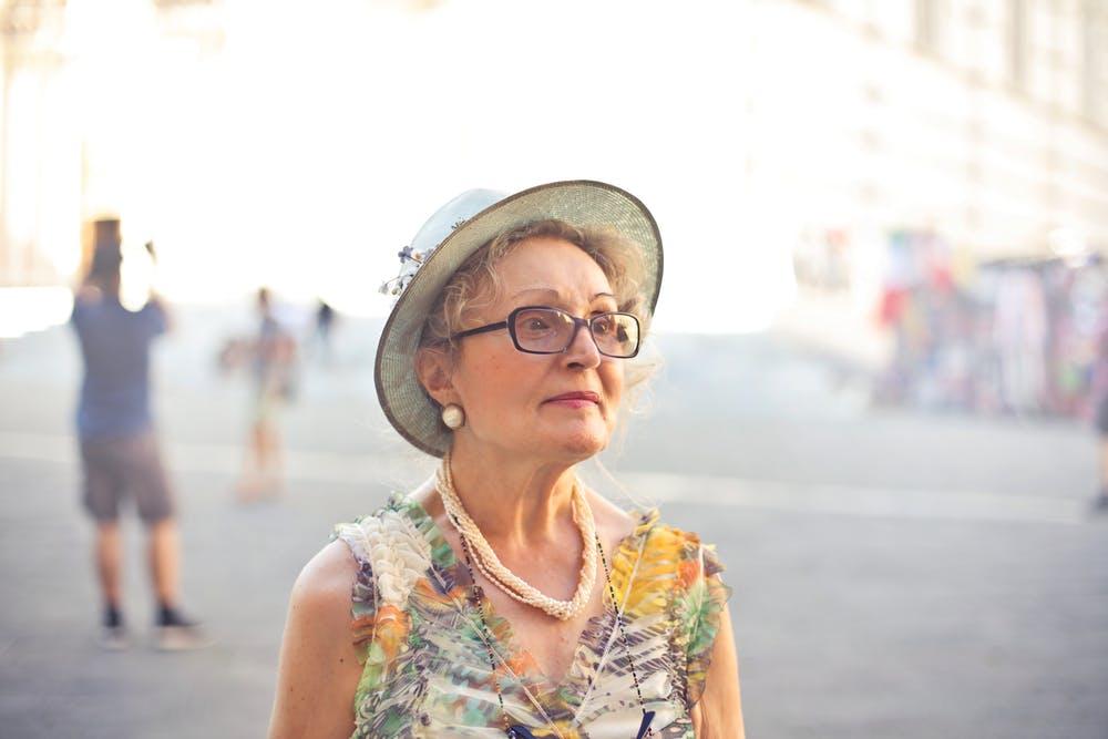 ældre dame